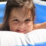 【ママ必見!】女の子の水着を選ぶ3つのポイント!